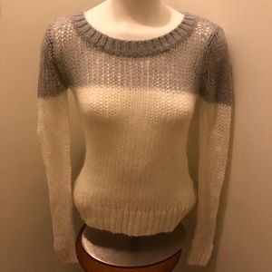 aerie white and gray sweater